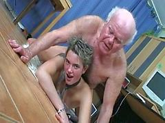 Short haired lovely secretary fucking old grandpa for work