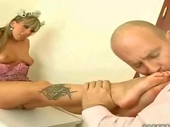 Hot girl with pretty feet gets fucked