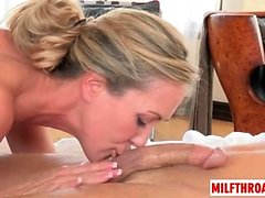 Hot mom sex with cumshot