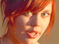 <3 Redhead beauty teen sing for ur duckling<3