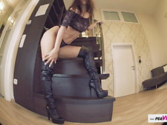Shiny Boots, Darcia Lee masturbating