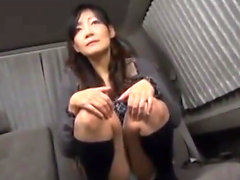 Japanese slut toying her hairy snatch