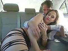 Young amateur oops creampie