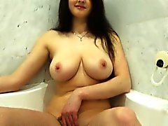 L ucky oldman taste big young natural boobs and pussy