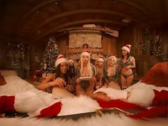 vrbangers-Abella Danger And Her 7 Sexy Elves Christmas Orgy VR Porn