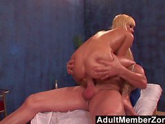AdultMemberZone - Hot babe Emma Mae receives a very nice dic