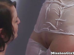 Young Mormon pussy gets wet before lesbian lovemaking