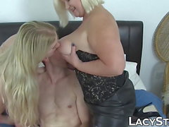 Seductive GILF shares cock with curvy young cutie